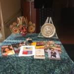 Maive brought some traditional items from Sri Lanka (Ceylon).  Sri Lankan Devil Mask, a beautiful dish from Ceylon, and many Sri Lankan magazines.  They were very interesting!
