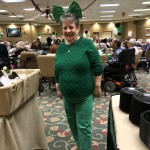 Suzie has the perfect outfit of Eagles Green!
